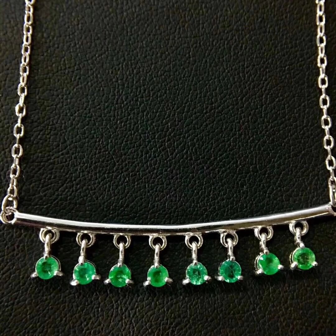 Natural emerald collarbone Necklace